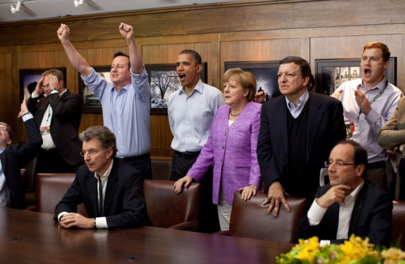 G8_leaders_watching_football