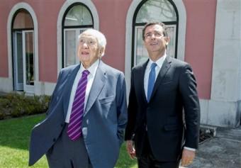 Imagem de quando o Tó era considerado um bom secretário-geral; de Jorge Amaral / Global Imagens