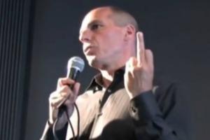 varoufakis_finger