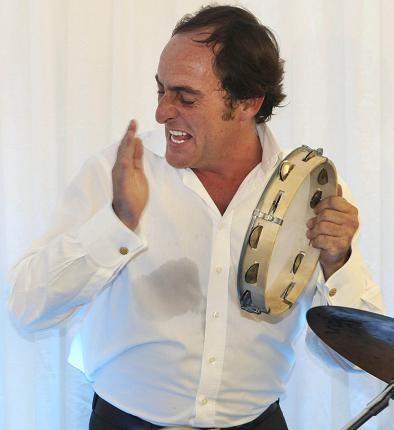 Paulo Portas pandeireta